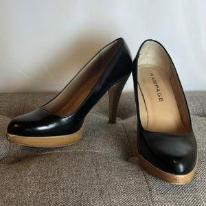 Black Pumps with Wood Look Heels